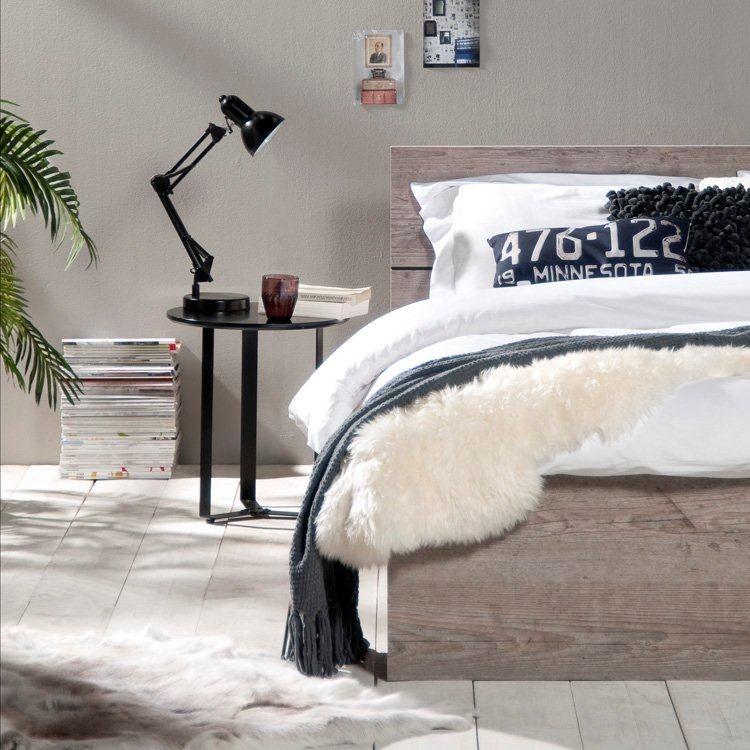 Ledikant Mika: stoer en betaalbaar tweepersoonsbed. Landelijke ...