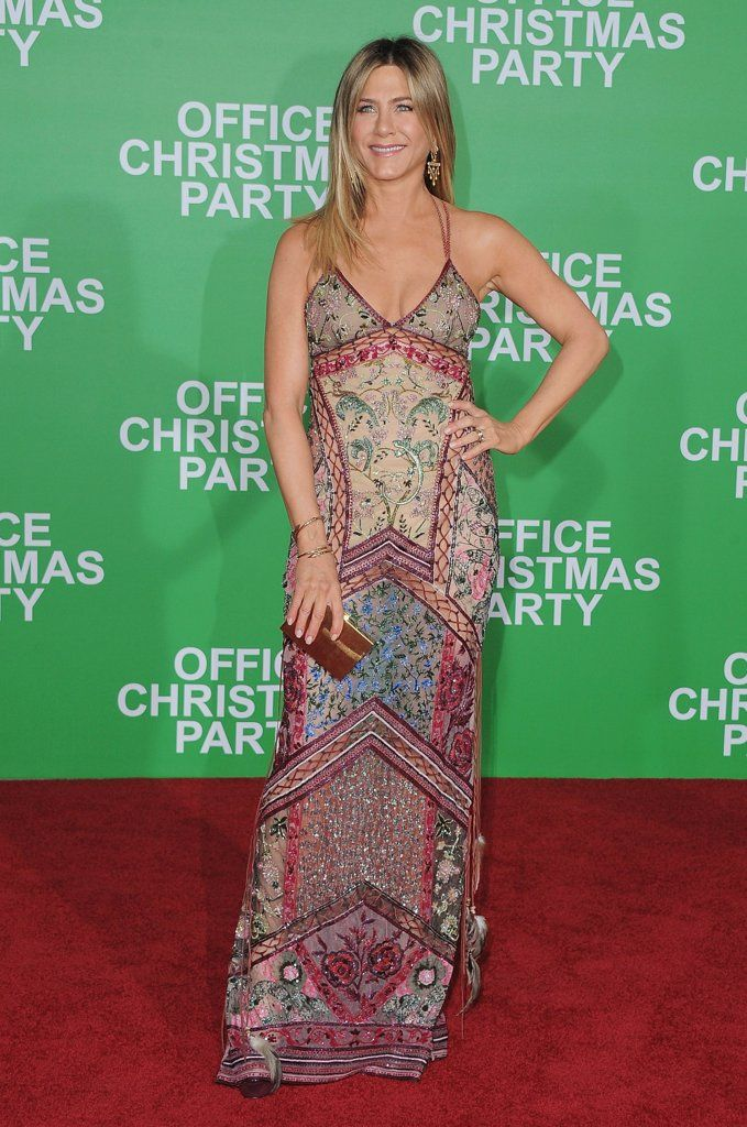 Jennifer Aniston Just Rewore Her Favorite \u002790s Dress on the Red