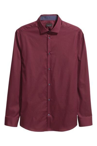 Camisa en algodón premium: ALTA CALIDAD. Camisa en algodón premium con textura. Modelo de manga larga con cuello italiano, e interior de puños y cuello en color de contraste. Corte ajustado.