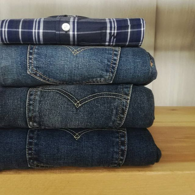 Jeans to rock your style. Available at www.denimlounge.gr and in Ioannina store.  Phone 26510 64634 #DenimLounge streetwear clothing for #UrbanSlackers since 1969  #jeans #levisjeans #levis #leejeanseurope #wrangler #denim #casualwear #style #streetwear #streetstyle #fashion #outfit #oftd #urban #slackers #Ioannina #Greece #ioannina-grecce Jeans to rock your style. Available at www.denimlounge.gr and in Ioannina store.  Phone 26510 64634 #DenimLounge streetwear clothing for #UrbanSlackers since #ioannina-grecce