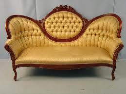 Victorian Furniture Style Characteristics Google Search Victorian Sofa Victorian Home Decor Victorian Couch