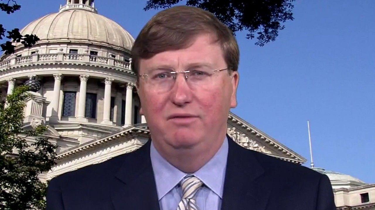FOX NEWS Mississippi Gov. Tate Reeves on battle over mask