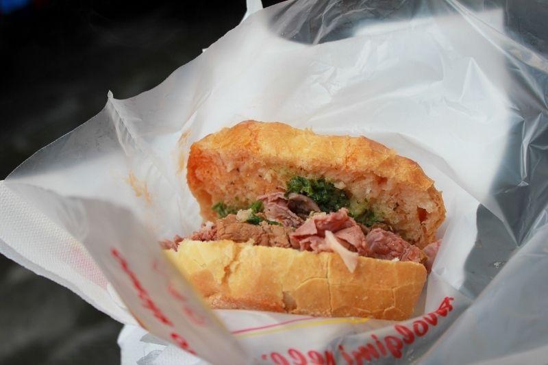 Eat a lampredotto sandwich in florence bucket list