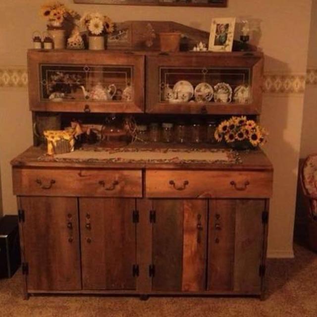 Rustic barn board buffet | Virtual garage sale, Rustic ...