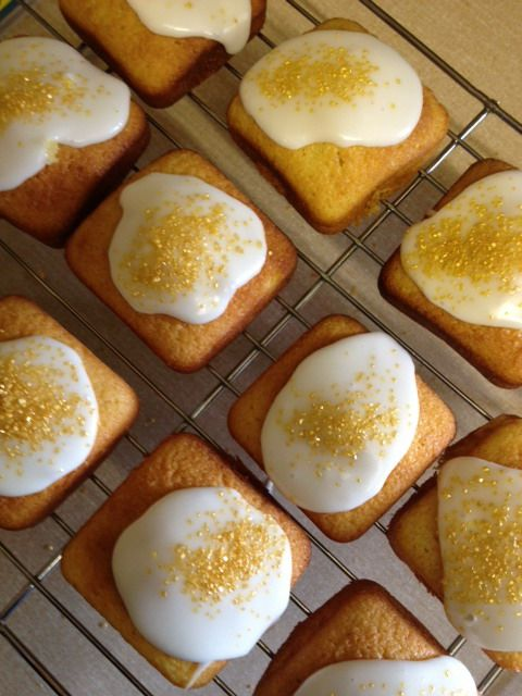 Iced Lemon Cakes Baked In The Gorgeous Brownie Pan Pampered Chef