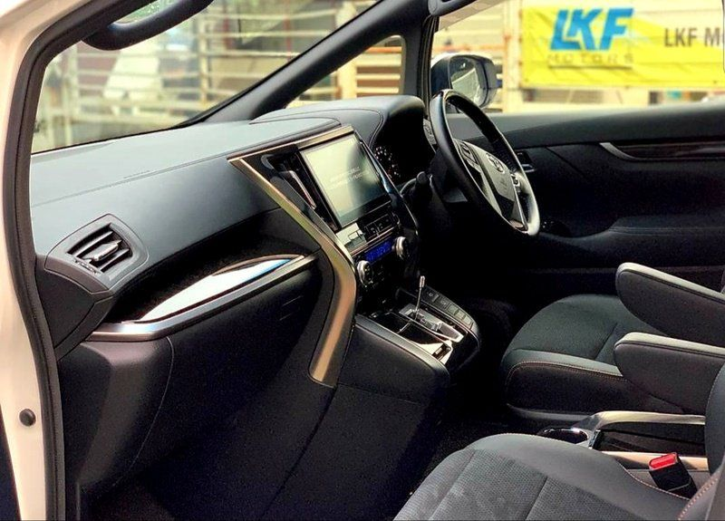 Kajang Selangor For Sale Toyota Alphard Vellfire Mpv Sambung Bayar Continue Loan Credit Loan 1800 Malaysia Cars Com Malays In 2020 Vehicles Malaysia Steering Wheel