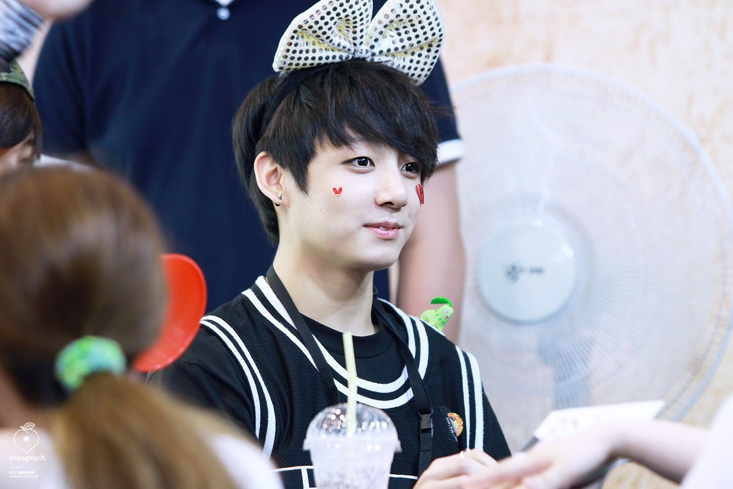 Pin by ONCE ARMY on Jungkook Fancam   Jungkook oppa, Jeon jungkook ...