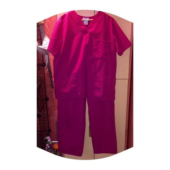NO OFFERS!!! FINAL SALE! Scrub Set Gently worn scrub set! Top has 3 pockets, pullover style. Pants fit tall! Both large.I consider offers on all items over $10. Anything below is final sale! NO TRADES OR PAYPAL. Tops