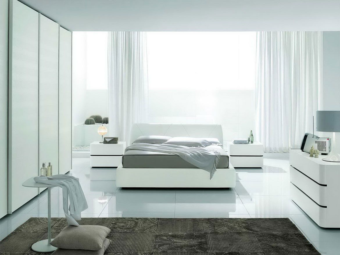 16 Cool And Modern White Bedroom Designs : Outstanding Clean White Based Bedroom Decoration with Floor up to Ceiling White Closet and White ...