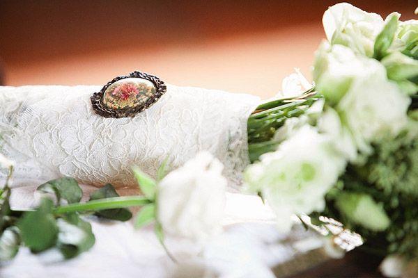 KELLY & NATALIE: AMOR BOHEMIO  una de las bodas que más me han gustado últimamente por su amor por todo lo natural. En http://www.unabodaoriginal.es/blog