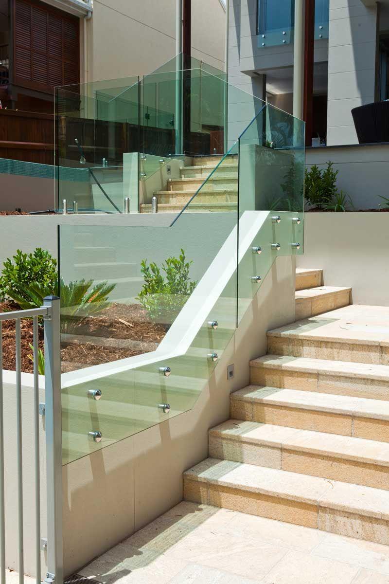Glassbalustrade Poolarea Poolandgarden Poolidea Front Yard Walkway Glass Pool Fencing Pool Fence