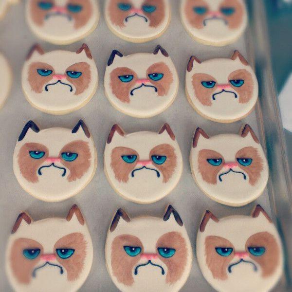 Grumpy Cat Cookies.