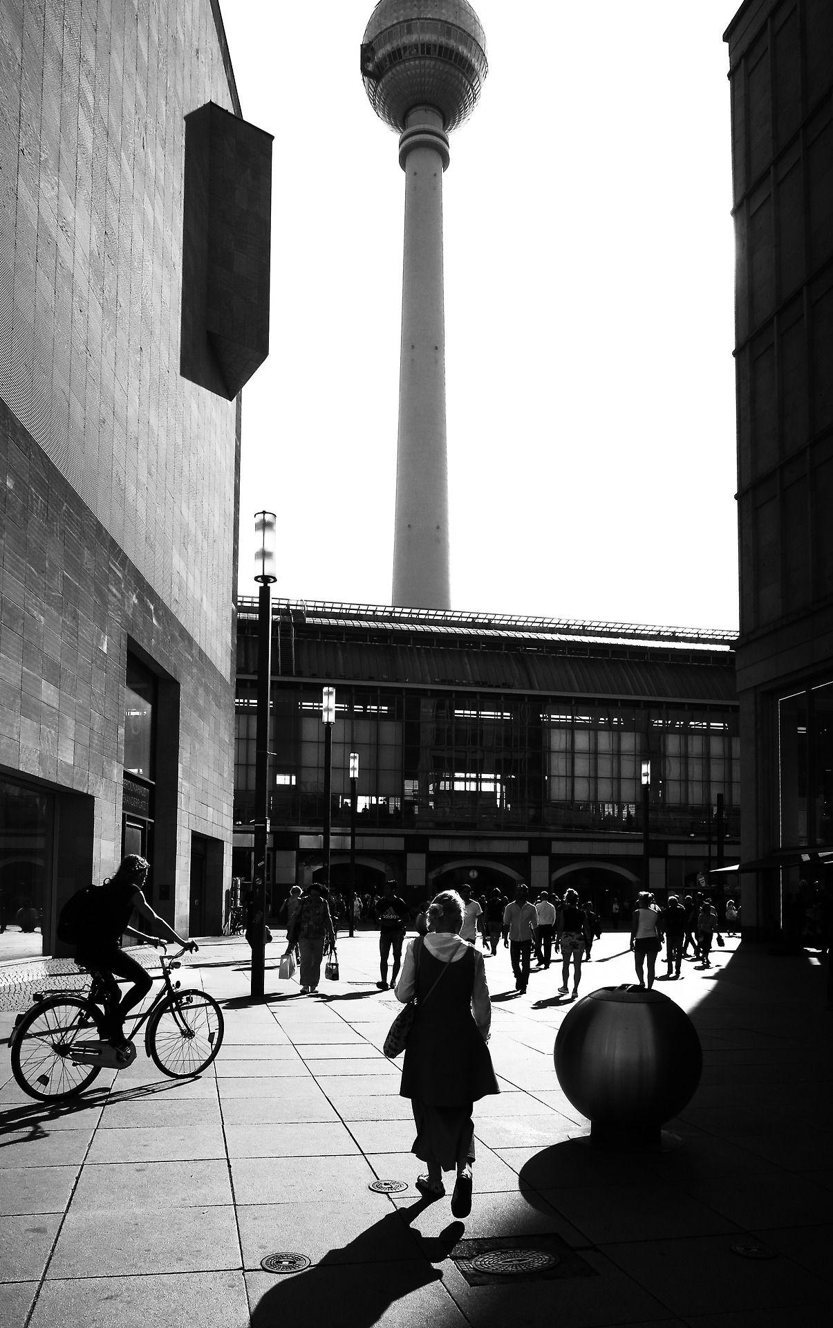 Berlin Alexanderplatz Photo Dieter Krehbiel Street Photography Urban City Photo