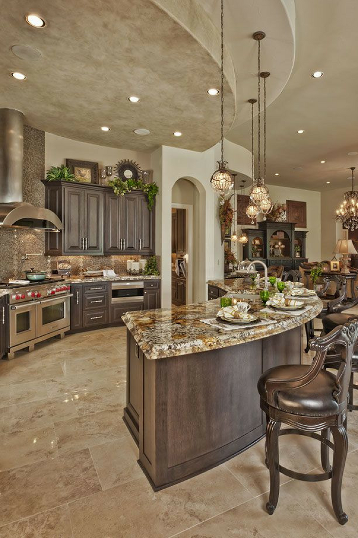 Open vs Closed Kitchens: Get the Best Layout for Y