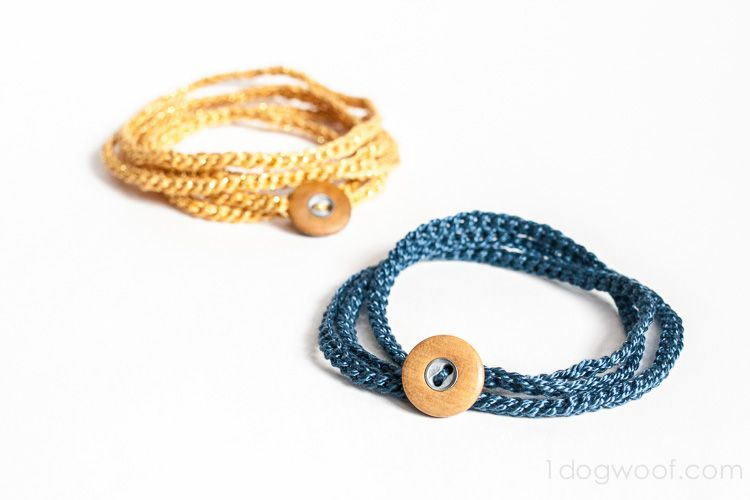 Crochet Wrap Bracelet with Button | Pulseras, Brazalete y Trapillo