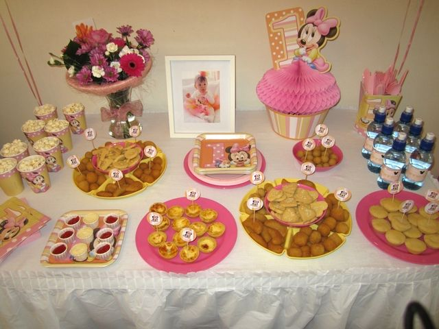 Minnie Mouse Birthday Party Ideas Photo 5 Of 15 Minnie Mouse Birthday Party Minnie Mouse First Birthday Minnie Party