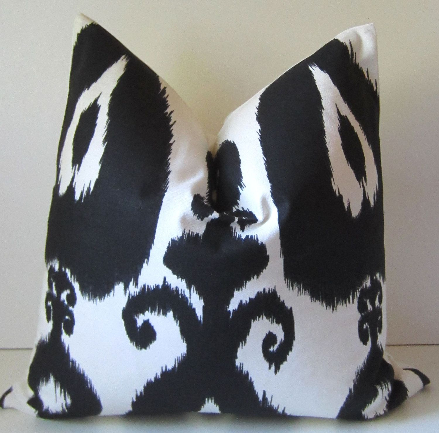Ikat Pillow - 20 inch - Black and white - decorative pillow - ready to ship - bold pattern ...