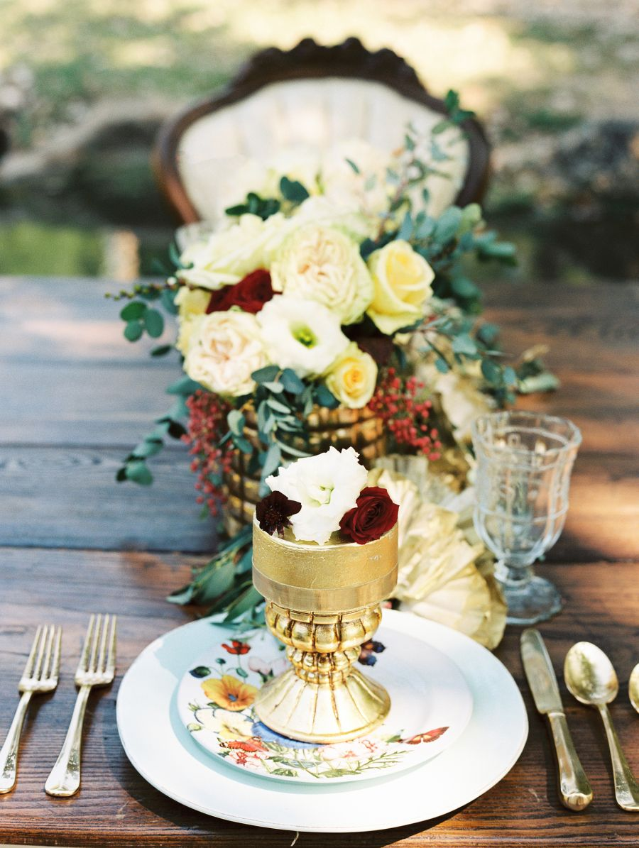 Floral : Inspire Events & Designs  Photography : Sheradee Hurst
