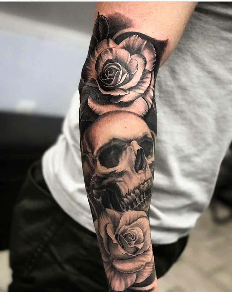 My Brothers Skull And Roses Sleeve By Salvador Diaz At Certified Customs Tattoo In Denver Co Rose Tattoo Sleeve Rose Tattoos For Men Skull Rose Tattoos