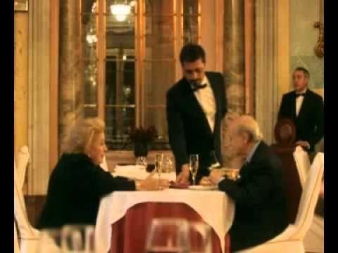 Elsa y Fred, la original, con China Zorrilla. En especial dos escenas, la del restaurante, y la final.