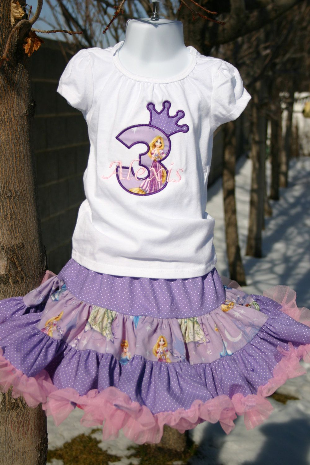 Aris Angels Girls Tangeled Rapunzel Birthday Outfit Monogrammed Personalized Shirt Full Twirling Skirt 7000 Via Etsy