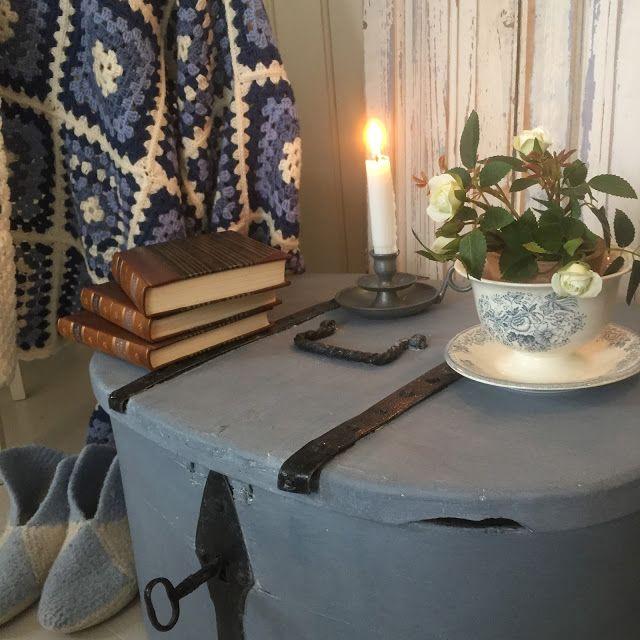 Husmannsplassen i Hidlesundet: Vintage maling