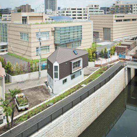 日 건축가가 지은 날씬한 집 화제 일본은 좁고 날씬한 건물이 ...