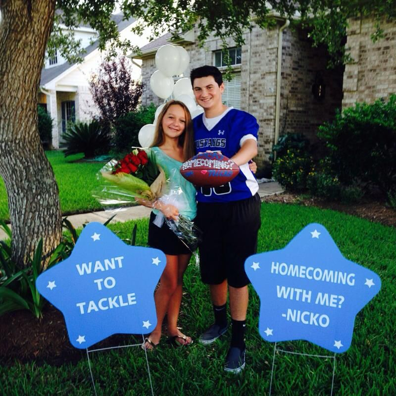 Homecoming Proposal Using Waterproof Stars In School Colors From