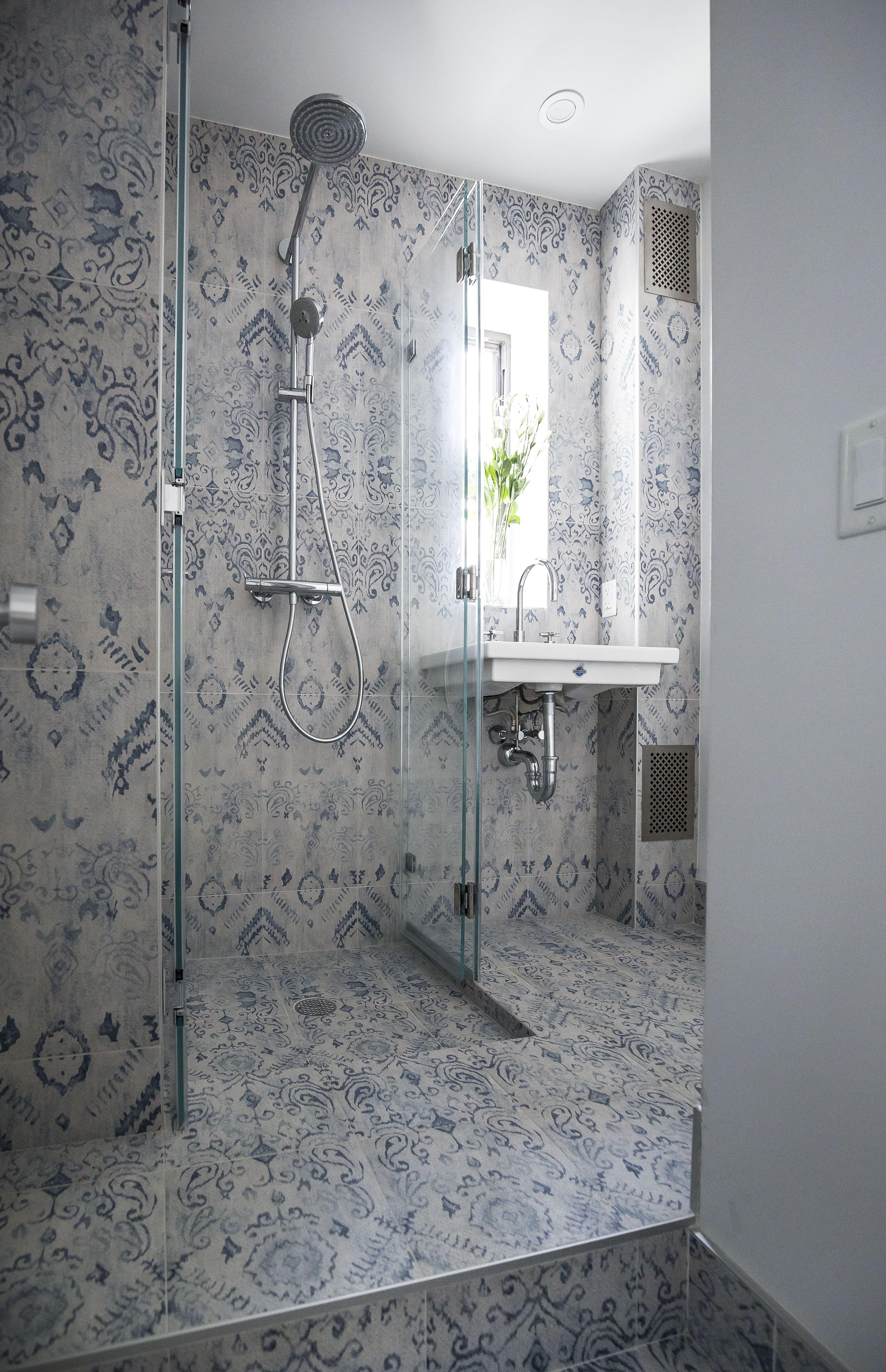 Custom Bathroom By Brett Helsham Designs Bathroom Design Bath