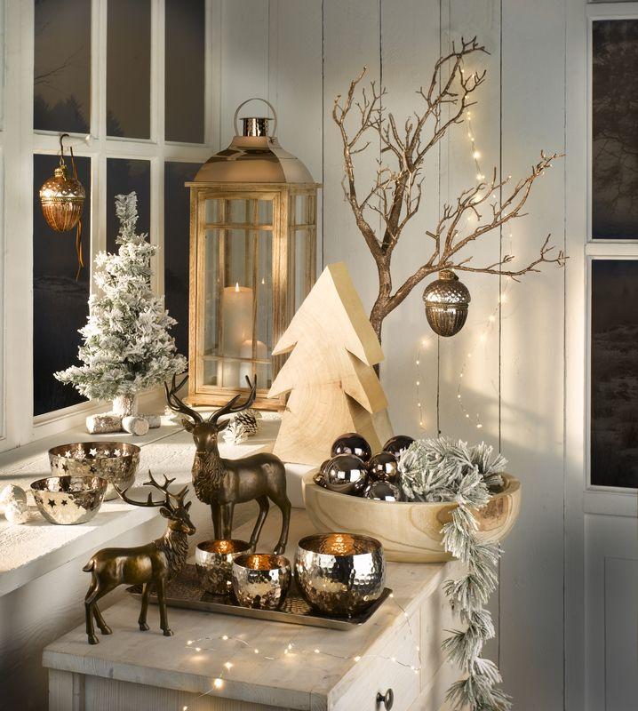weihnachtstrends 2015 dekohirsche erh ltlich bei deinem einrichtungspartner in der n he. Black Bedroom Furniture Sets. Home Design Ideas