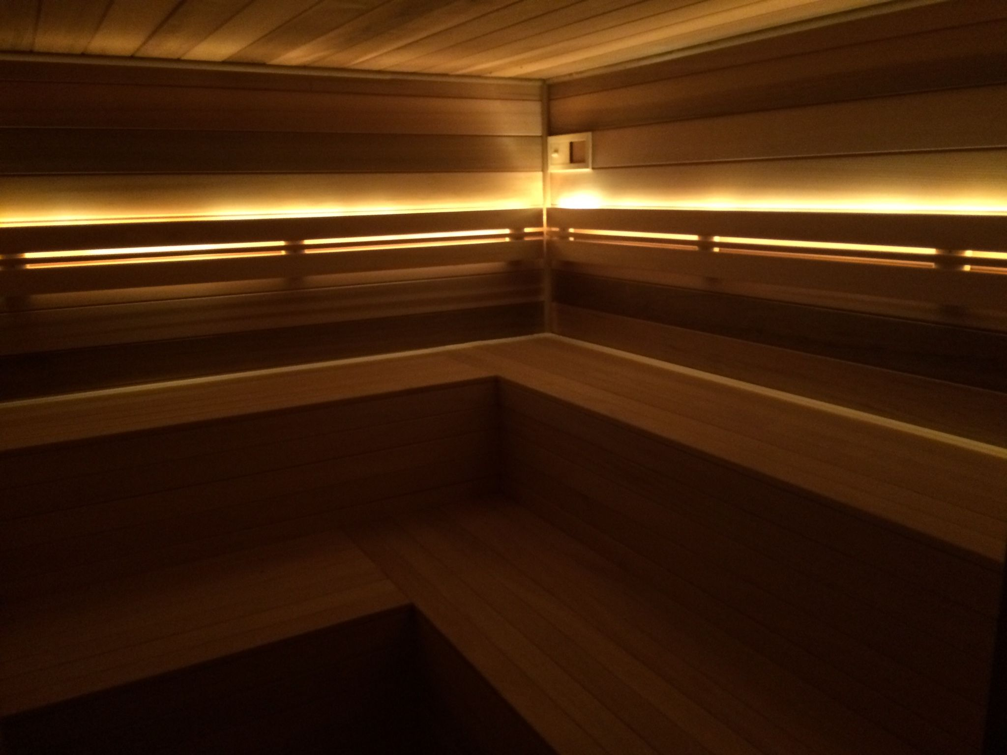 led strips warmwit in sauna - Led Stripes In Der Dusche
