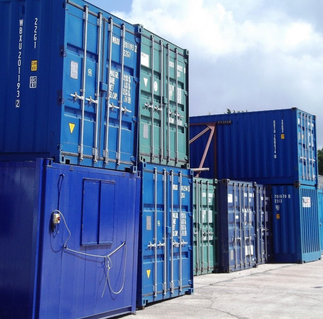 Gold Star Containers provides the best facility for container