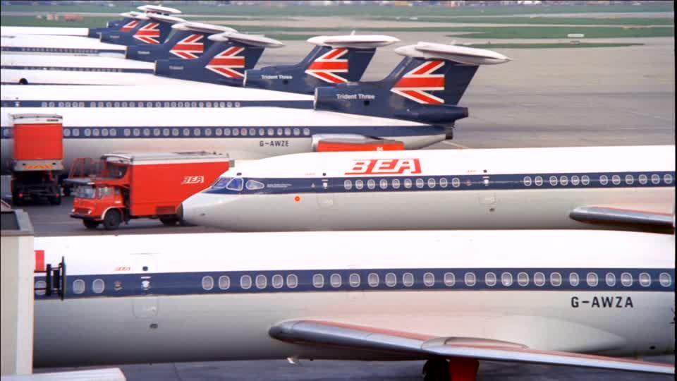 400799210 Hawker Siddeley Trident British European Airways London