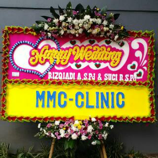 karangan bunga papan happy wedding di cibubur karangan