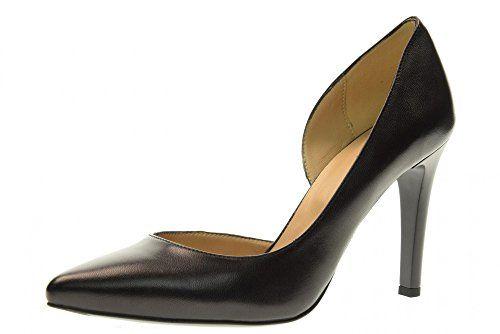 NERO GIARDINI scarpe donna decolletè P717443DE/100 taglia 39 Nero in OFFERTA su www.kellieshop.com Scarpe, borse, accessori, intimo, gioielli e molto altro.. scopri migliaia di articoli firmati con prezzi in SALDO #kellieshop Seguici su Facebook > https://www.facebook.com/pages/Kellie-Shop/332713936876989