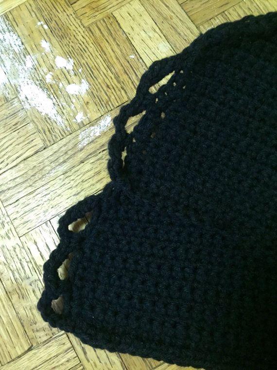Este top de ganchillo negro cosecha fue hecha a mano por mí! Cuenta ...