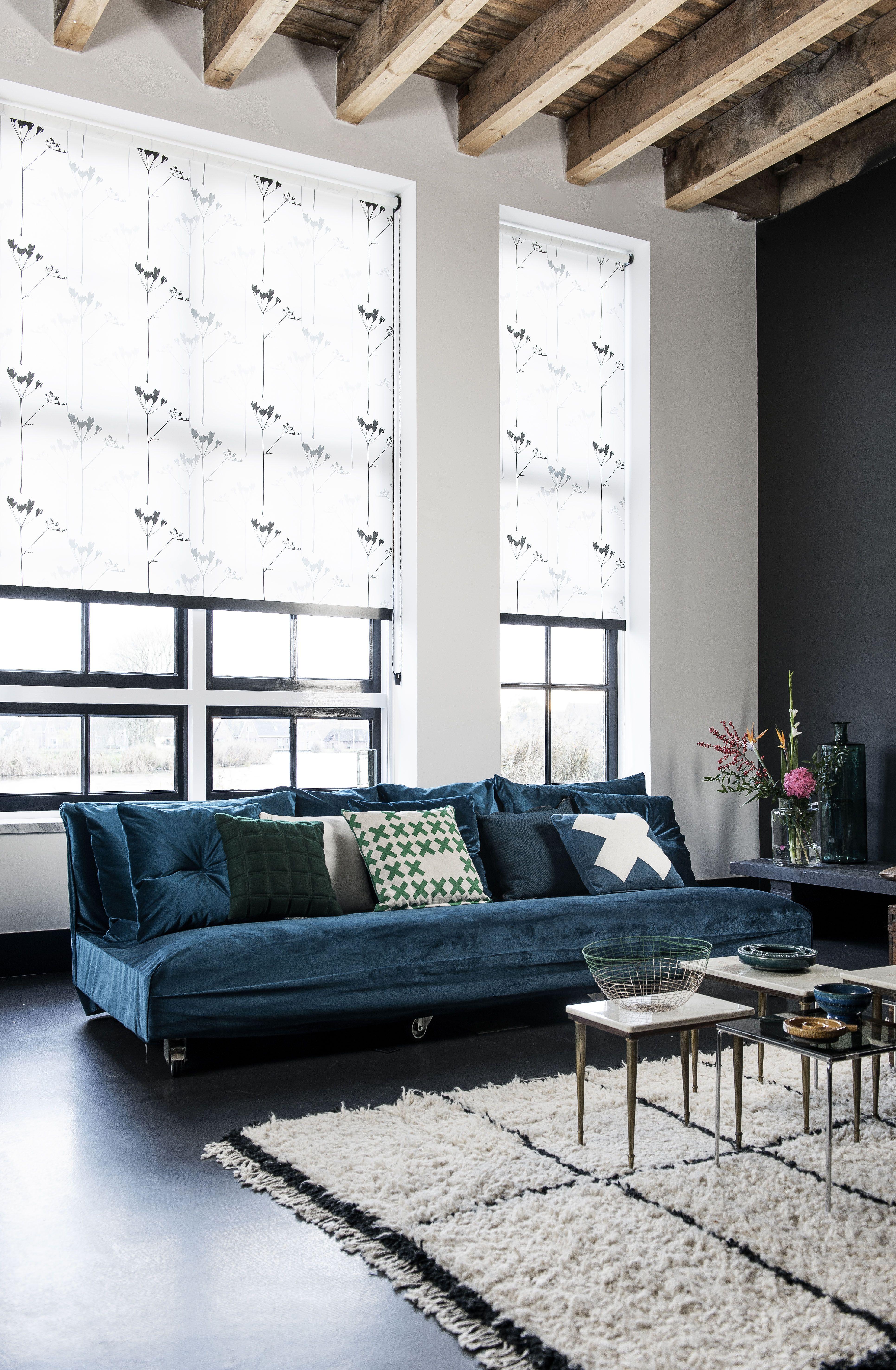 Mooie details #rolgordijn #raamdecoratie #wit #blauw #zwart ...