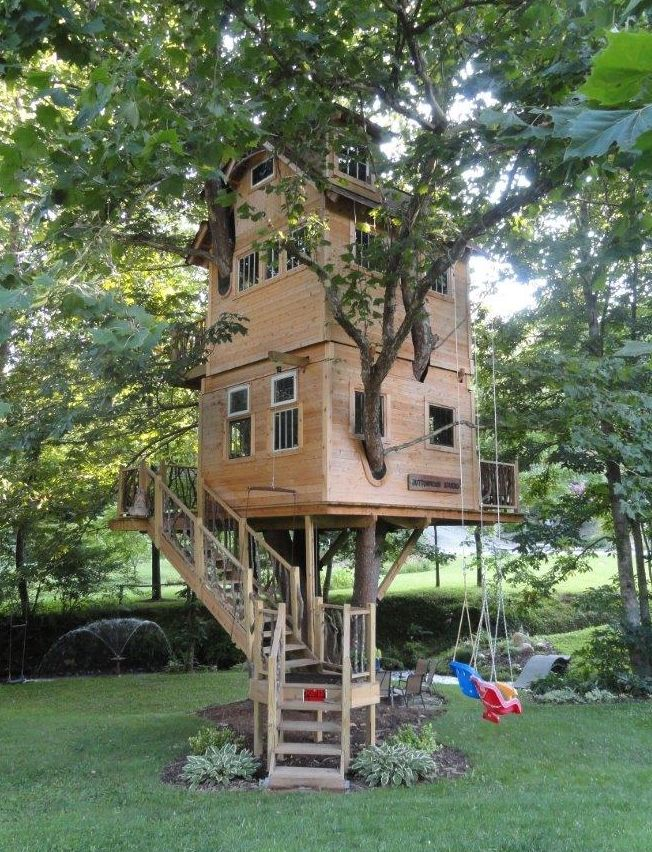 A two story treehouse client treehouses pinterest for Small tree house