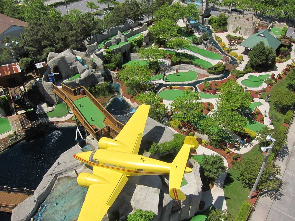 Ocean City, MD is known for it\'s many miniature golf courses ...