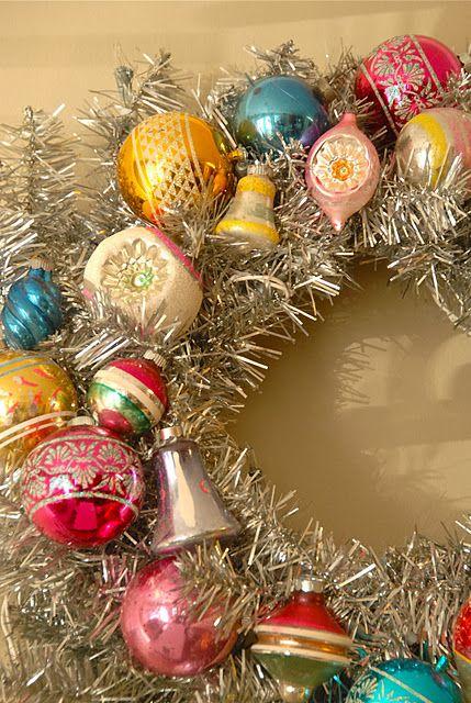 DIY Vintage Ornament Wreath by Blue Eyed Yonder Christmas diy