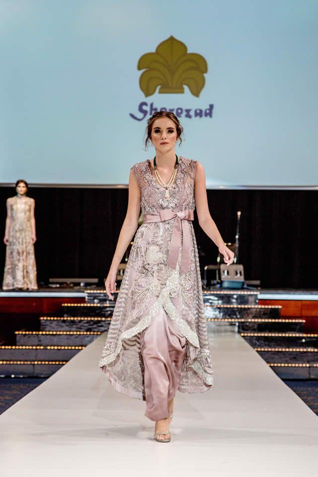 Http Www Fashioncentral Pk Wp Content Uploads 2017 03 Elan Pakistan Day Collection Berlin 2017 14 Jpg Pakistani Dresses Fancy Dresses Dresses