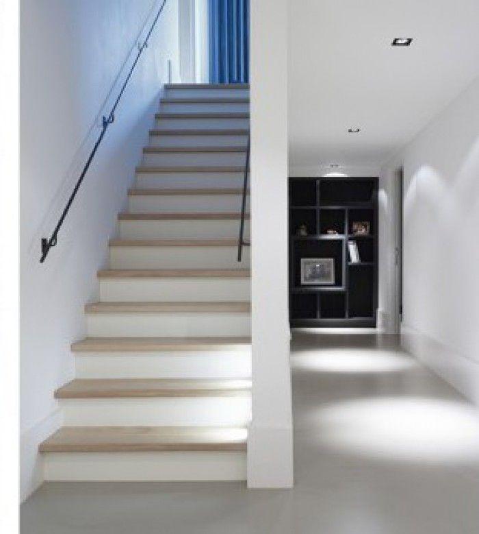Trap wit met eiken nieuw huis trappen pinterest for Trap hout wit