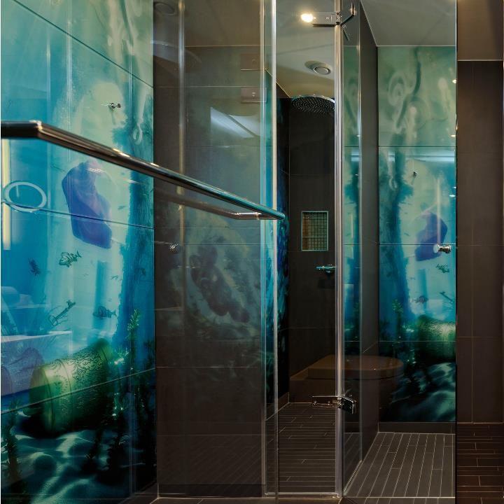 Hotel Kameha Duschwandverkleidungen Aus Glas Bedruckt In