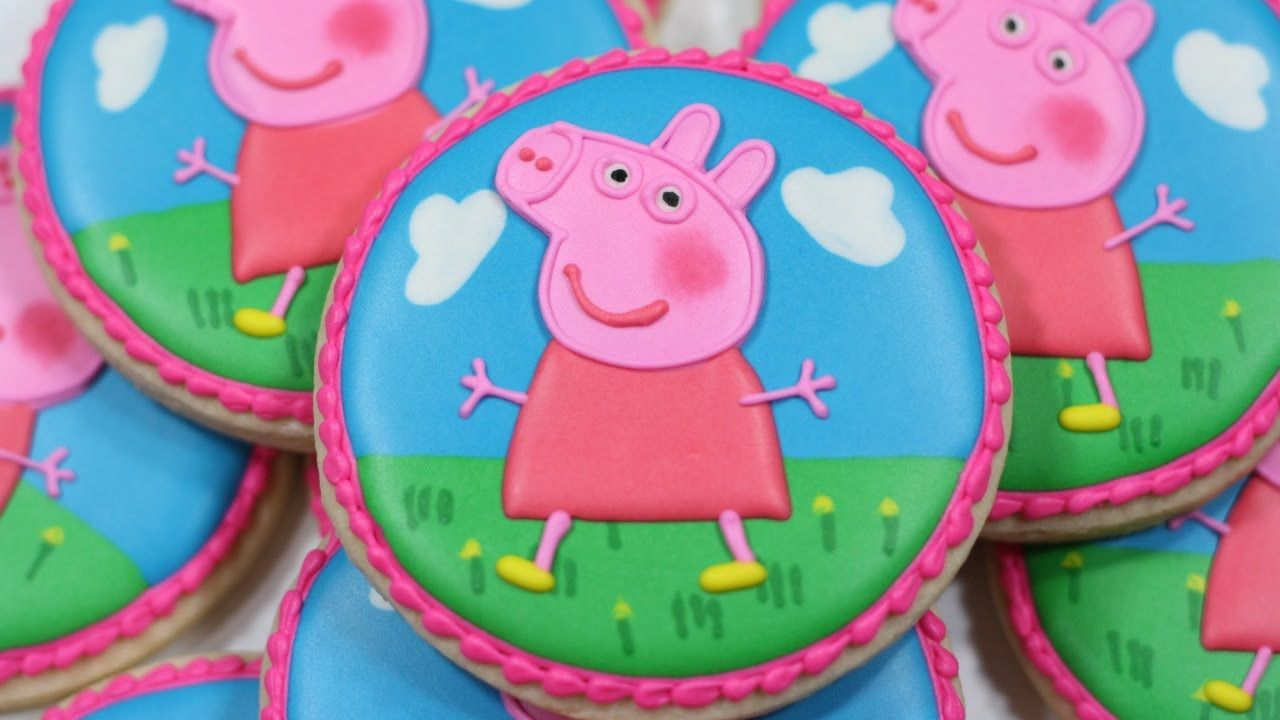 Peppa Pig Decorated Sugar Cookies Youtube Pig Cookies Peppa