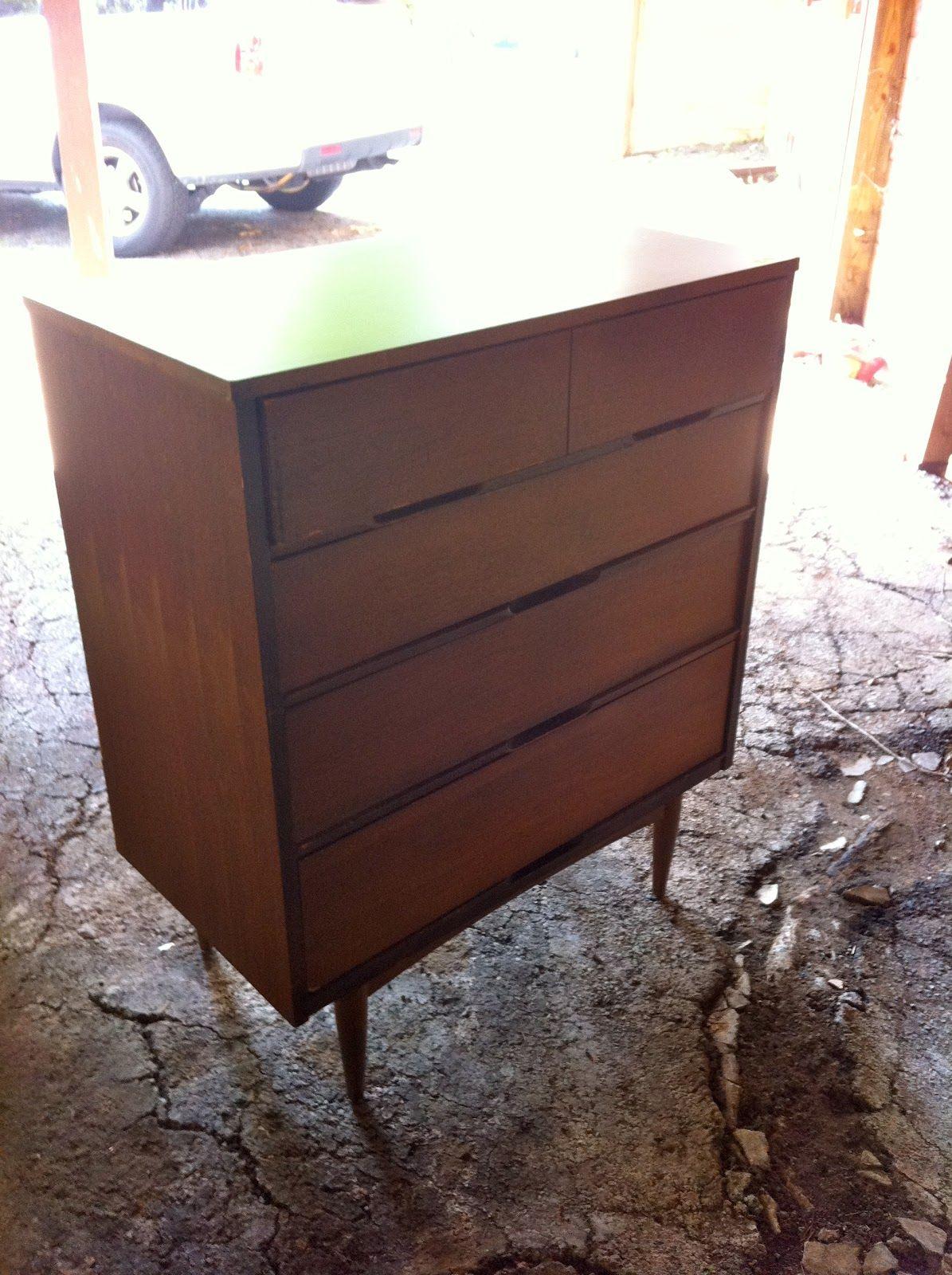 Best Steps To Refinishing Wood Furniture Refinish Wood 640 x 480