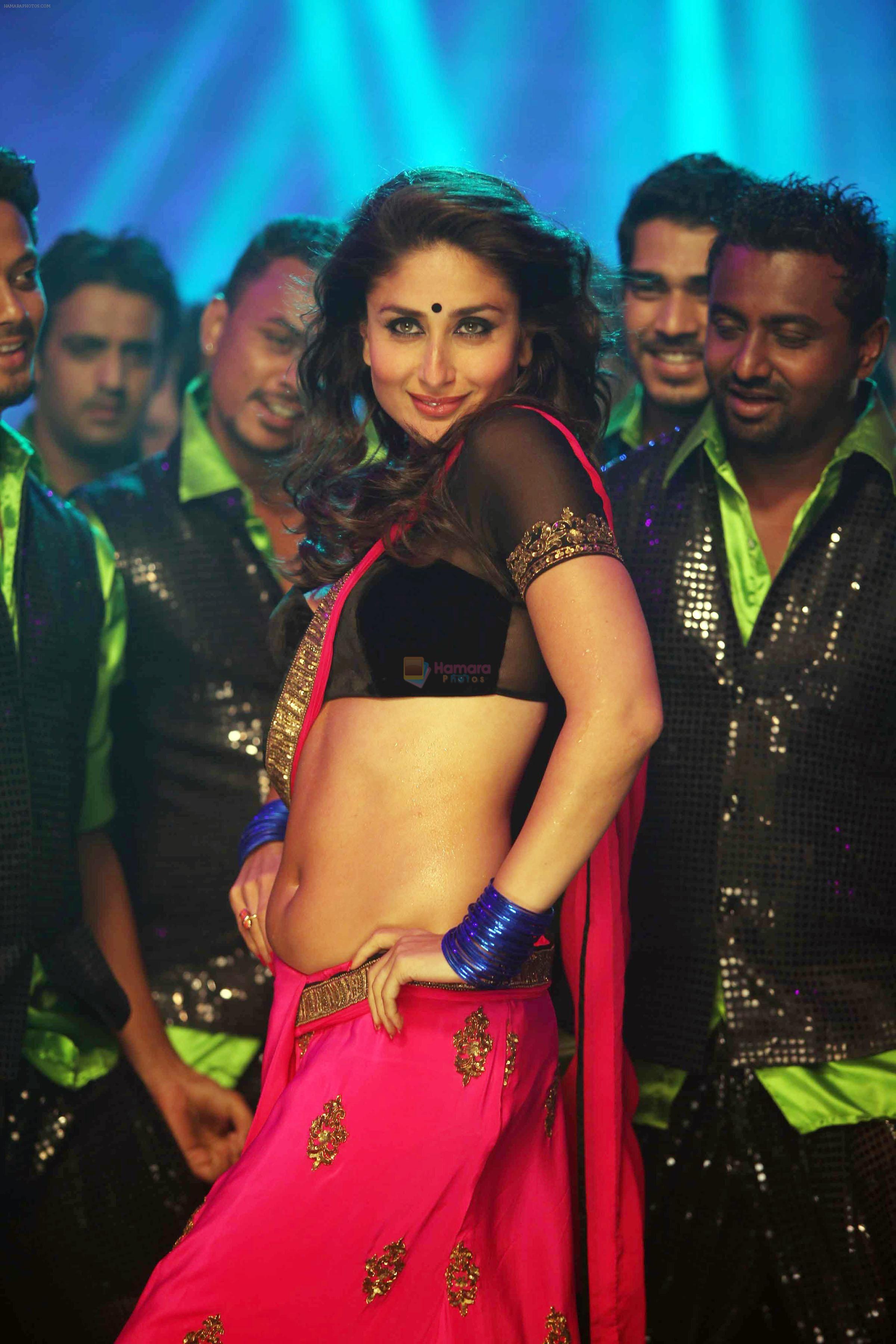 Kareena Kapoor In The Song Halkat Jawani From The Film Heroine Img 5047 Kareena Kapoor Bikini Kareena Kapoor Pics Kareena Kapoor