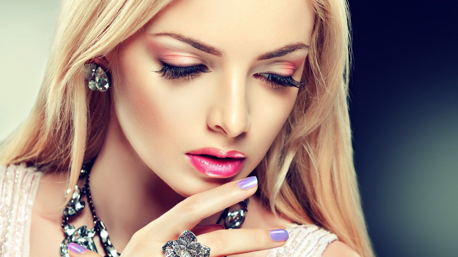Girl red eyeshadow perfect makeup fashion wide hd makeup pinterest makeup - Garls perpact ...