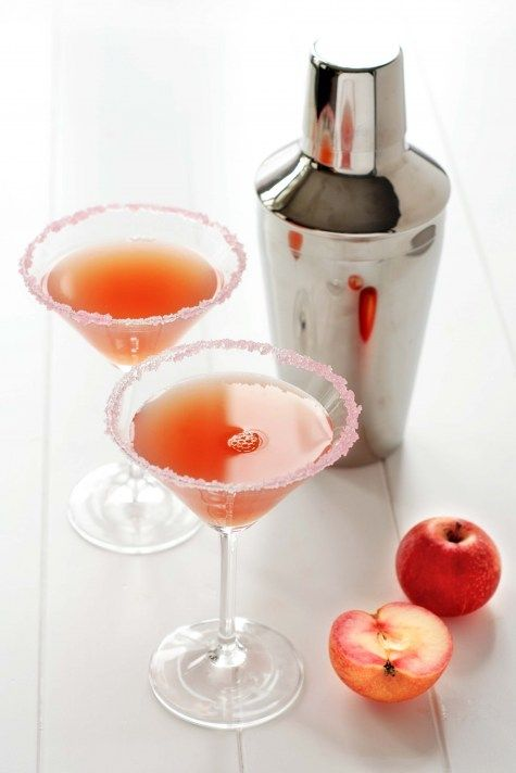 appletini - with fresh apples! time to bust out that juicer... Must be in FL for the green apple ones!  my favorite