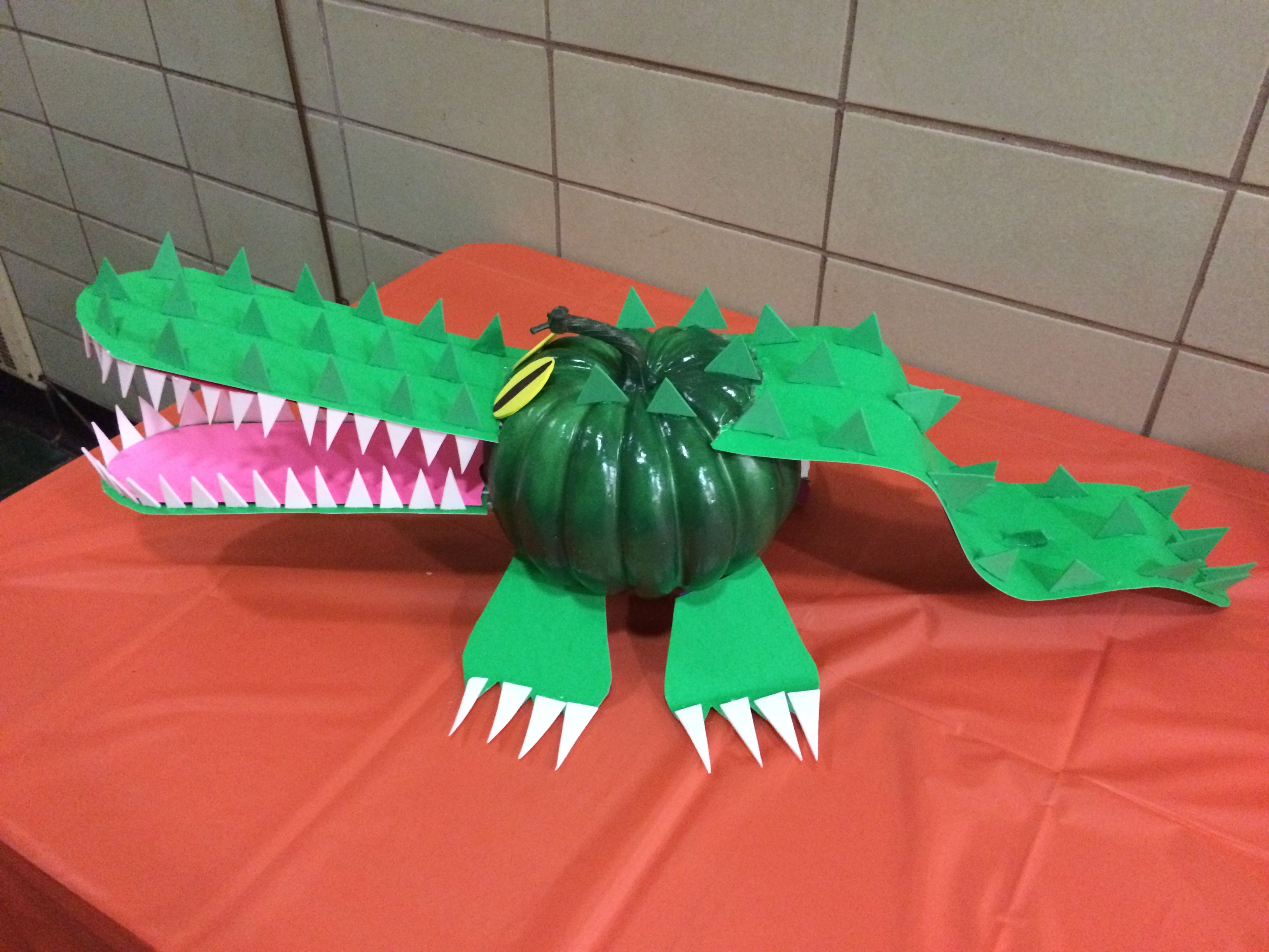 Alligator Pumpkin - No Carve Pumpkin Decorating & Alligator Pumpkin - No Carve Pumpkin Decorating | pumpkin ideas ...