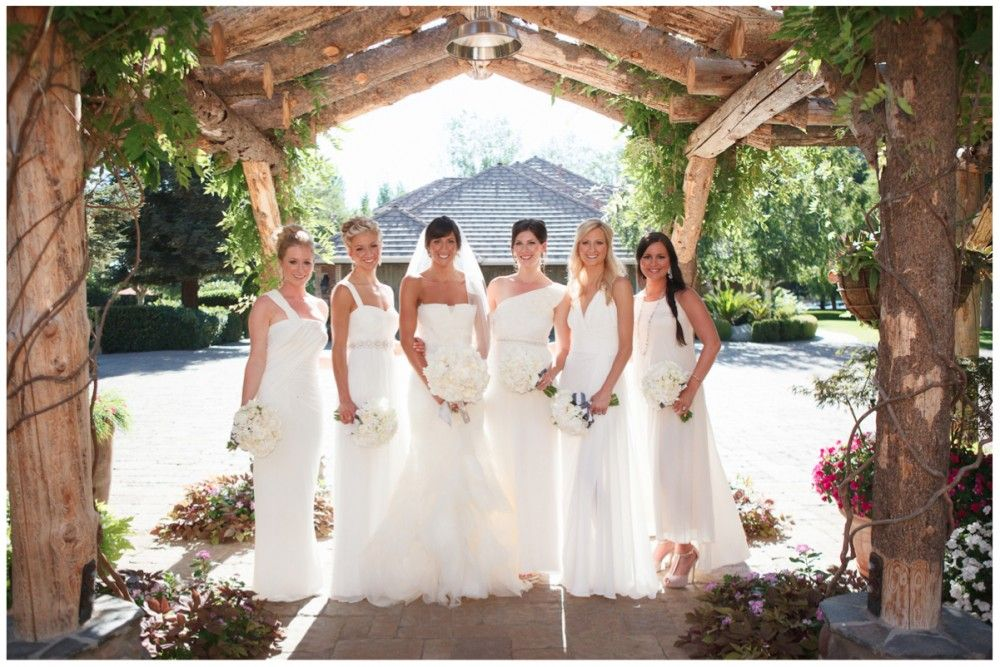 The all white wedding pinterest wedding girls dream and classic with it being so hot outside we decided to feature a classic wedding trend thats great for summertime the all white wedding it can be hard to pull off junglespirit Images